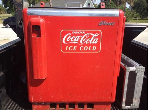 Glasco 1950's coca cola 10 cent machine coke chest