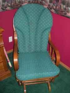 Glider Rocking Chair  Hunter Green Fabric/oak   $50