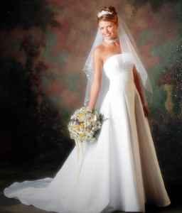 Gloria vanderbilt wedding dress with veil size 6 for Gloria vanderbilt wedding dress