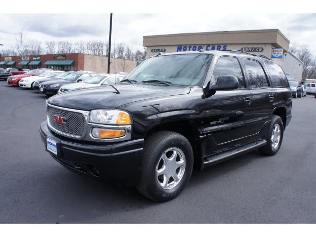 gmc yukon 4 dr denali awd suv 2005 for sale in bridgewater massachusetts classified. Black Bedroom Furniture Sets. Home Design Ideas
