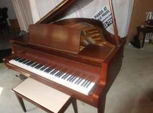 Going out of business piano sale free tuning delivery for Yamaha montgomery al
