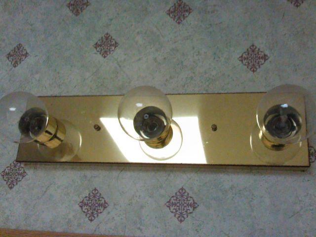Gold Color Plated 3 60 Watt Bulb Bathroom Vanity Light
