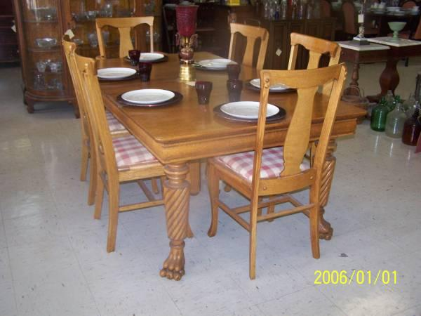 Awe Inspiring Oak Claw Foot Dining Chairs Classifieds Buy Sell Oak Short Links Chair Design For Home Short Linksinfo