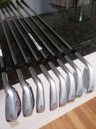 Golf Clubs-Taylor Made R11 4 to gap wedge irons-excellent condition. - $295