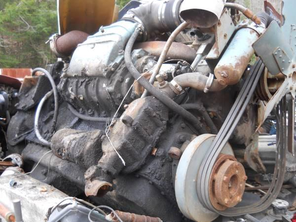 GOOD 671 DETROIT ENGINE - $2500