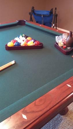 Gorgeous CL Bailey Pool Table All Accessories MUST SELL For - Cl bailey pool table