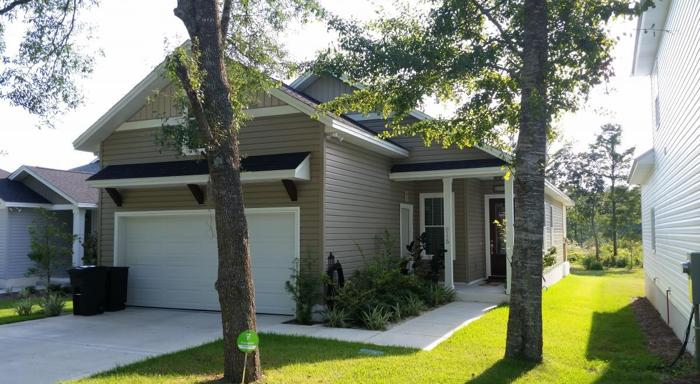 Gorgeous craftsman style home for sale in panama city for Craftsman homes for sale in florida