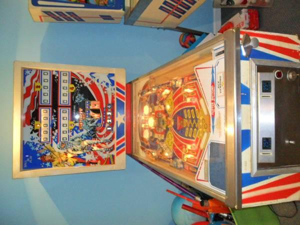 Gottlieb Spirit of 76 Pinball Machine - Rare - $899