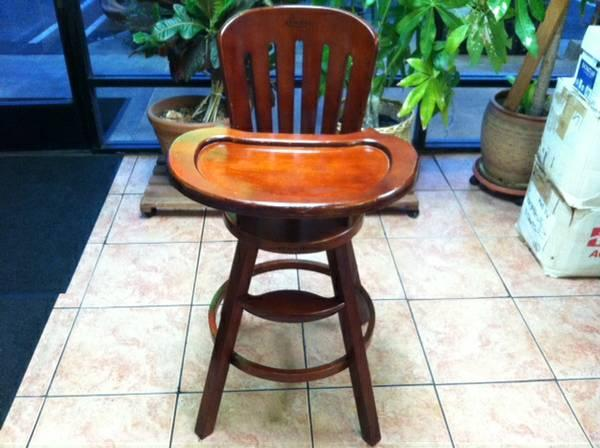 Graco High Chair With Tray Made By Cherry Wood for Sale