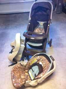 Graco Little Hoot Travel System