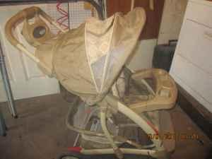 Graco stroller - $15 Lawton