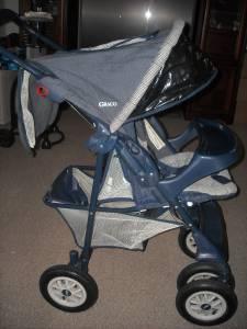 graco stroller - $40 wellsburg