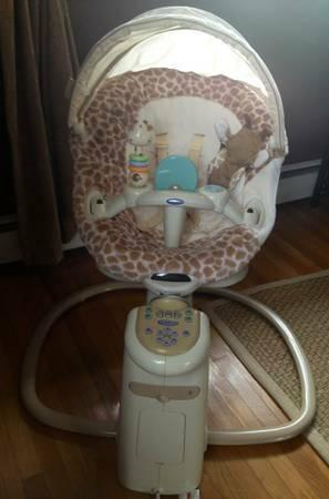 Graco Sweetpeace Swing Quot Snuggly Giraffe Quot Clean For