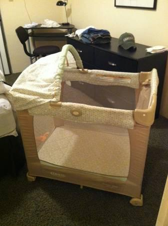 Graco Travel Lite Crib Pack And Play For Sale In Eureka