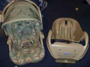 Graco Winnie The Pooh Car Seat Piedmont For Sale In