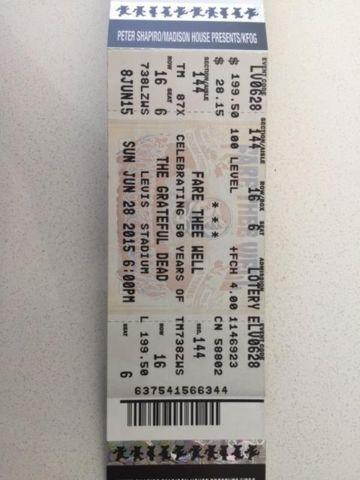 GRATEFUL DEAD PAIR OF TIX, SUN, JUNE 28 - $175