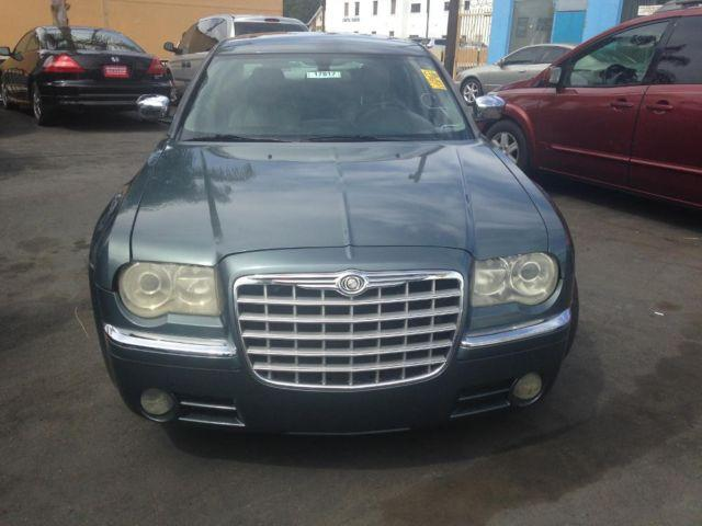 gray color 2005 chrysler 300c model with hemi engine automatic for sale in van nuys california. Black Bedroom Furniture Sets. Home Design Ideas