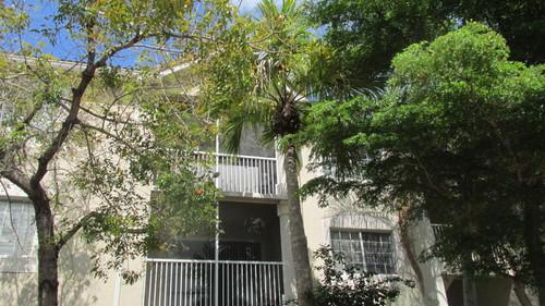 Great 3 Bdrm In Gated Community For Sale In West Palm