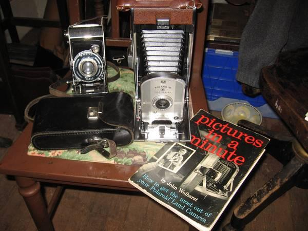 GREAT CONDITION VINTAGE CAMERAS - $99