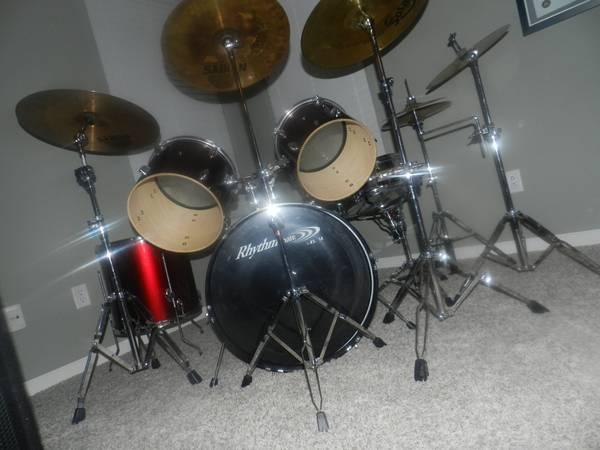 great deal for church or giggin sound system drum set 100ft snake 2 for sale in indianapolis. Black Bedroom Furniture Sets. Home Design Ideas