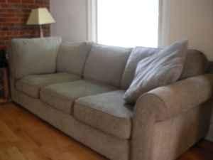 Great looking Bauhaus Couch Wash Park for Sale in Denver