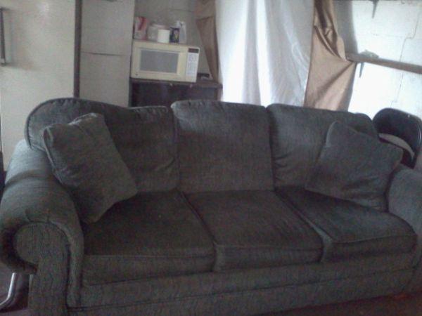 Green Hide Away Bed Couch Bethlehem For Sale In Louisville Kentucky Classified