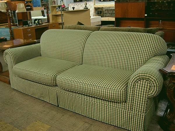 green white sofa checker plaid eugene liquidators for sale in eugene oregon classified. Black Bedroom Furniture Sets. Home Design Ideas