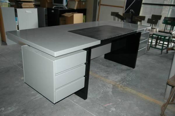 Grey Desk Italian Euro Contemporary Desk Office