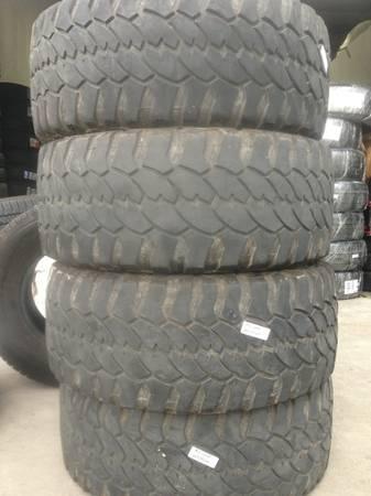 group of lt 305 55 r20 procomp severe mud terrain tires 9 10 32 good for sale in austin. Black Bedroom Furniture Sets. Home Design Ideas
