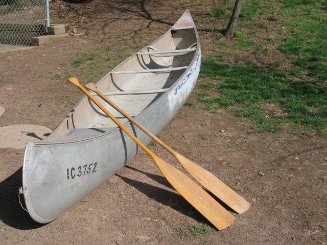 grumman canoe 17