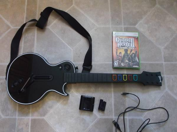 Guitar Hero 3 for Xbox 360, with guitar and battery pack