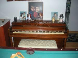 Gulbransen Spinet Piano Elizaville Ny For Sale In