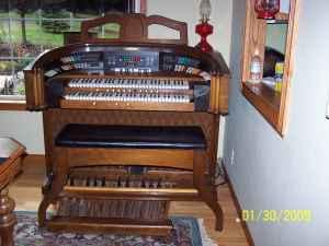 Gulbransen Theatrum Organ - $2000 (Pleasant Hill, OR)
