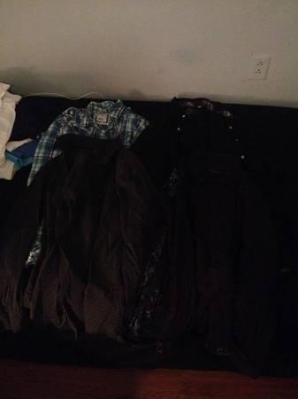 Guy clothes- hollister, saltlife, others - $150
