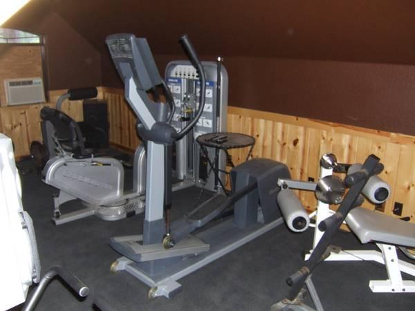 Gym Equipment Reebok Rl900 Eliptical Machine Cross