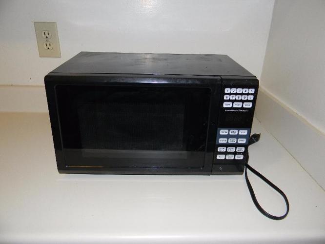 Hamilton Beach 0 7cu Ft Microwave Oven