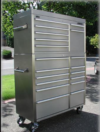 HAMMERHEAD STAINLESS STEEL TOOL BOX