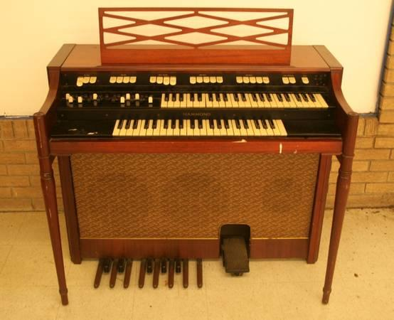 hammond organs for sale in lumberton mississippi classified. Black Bedroom Furniture Sets. Home Design Ideas