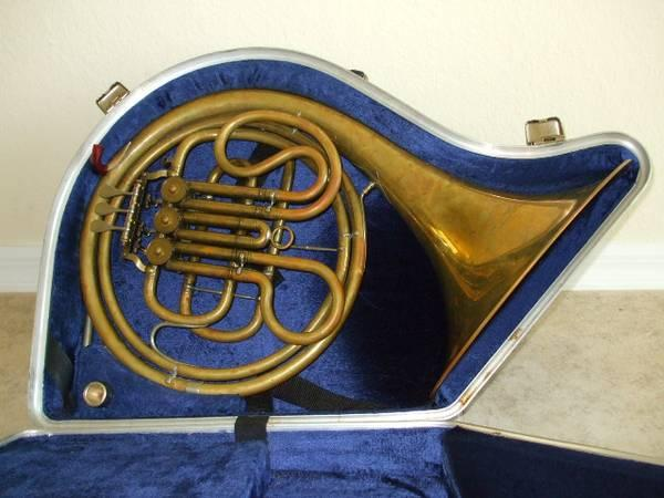 hand made french horn for sale in melbourne florida classified. Black Bedroom Furniture Sets. Home Design Ideas
