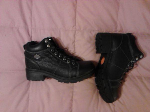 Harley Davidson womens boots size 10 - $75 southeast wichita