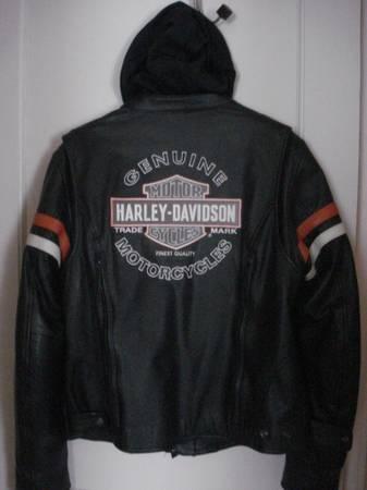 HARLEY DAVIDSON WOMENS LEATHER JACKET - $250