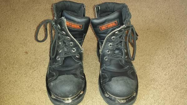 Harley Davidson Womens riding boots - $40