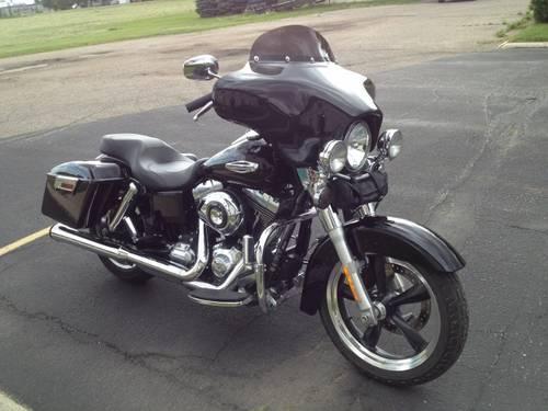 Harley SWITCHBACK (SWITCH BACK) - HOPPE QUADZILLA Detachable Fairing