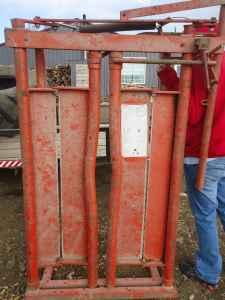 Head Hunter Head Gate for Cattle Great Condition - $250