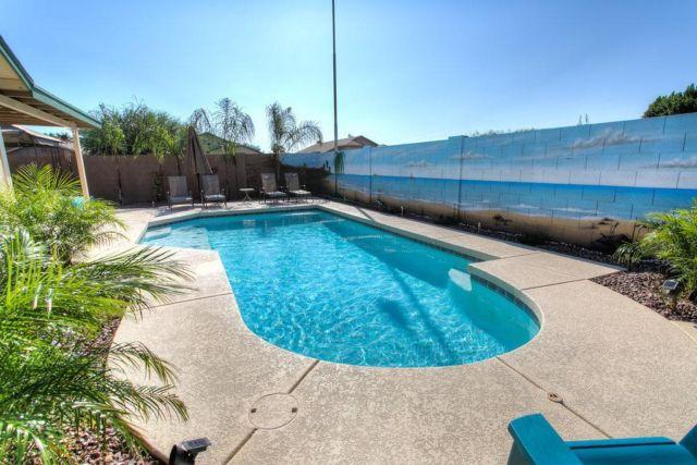 Heated pool 3 bedroom home in red mountain for sale in for Heated pools for sale
