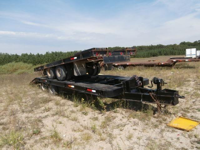 Heavy equipment car hauler flatbed trailers deckover beaver tail for sale in idlewild