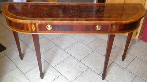 Hekman of nc sofa entry way table dove tail design for Furniture federal way