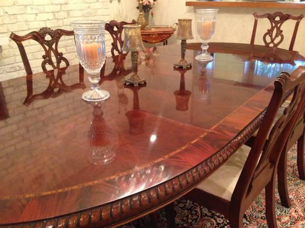 Henredon Dining Table With Chairs For In Palo Alto