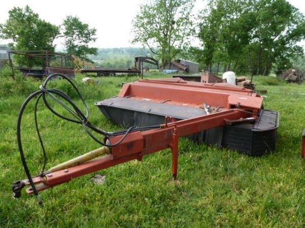 Hesston 1060 discbine - $2500 (Ava)