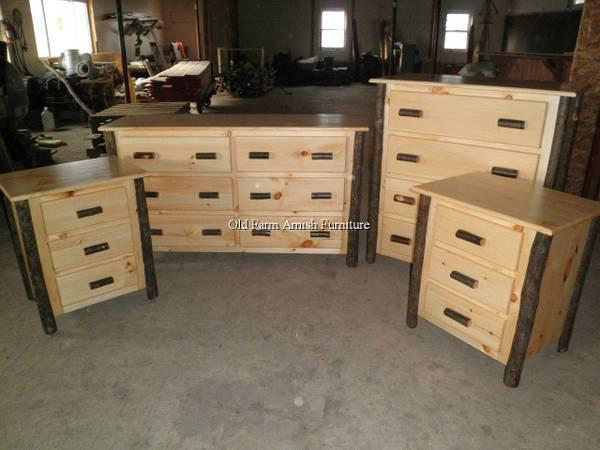 Hickory Log Dresser Chest Of Drawer Amp Nightstands Amish